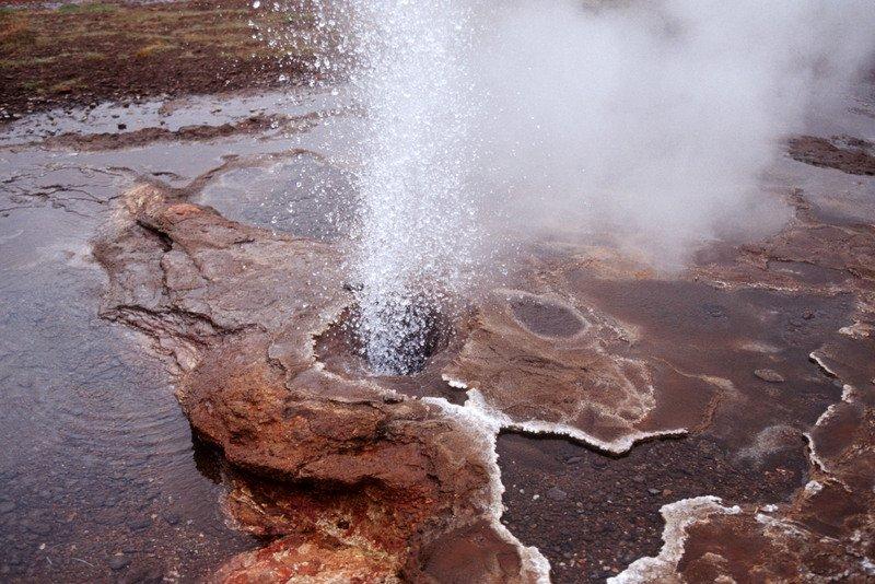 Best-of-North-Iceland - Kjölur-highland-road-Iceland-Hveravellir-hot-springs.jpg