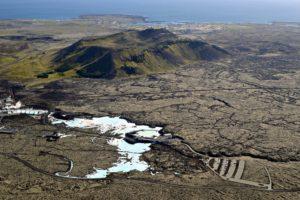 Blue-lagoon - Blue-Lagoon-Iceland-1.jpg
