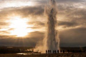Golden-Circle-Fontana - Geysir-hot-spring.jpg
