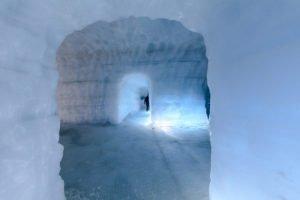 Inside-the-Glacier - IceCave-114-®-Roman-Gerasymenko.jpg