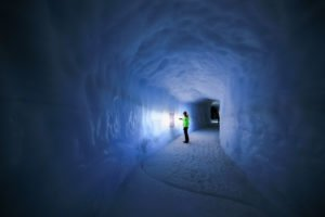 Inside-the-Glacier - Into-the-Glacier-16-©-Roman-Gerasymenko.jpg