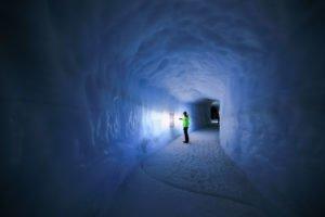 Inside-the-Glacier - Into-the-Glacier-16-©-Roman-Gerasymenko.jpg