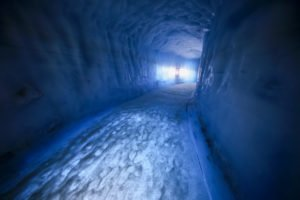 Inside-the-Glacier - Into-the-Glacier-17-©-Roman-Gerasymenko.jpg