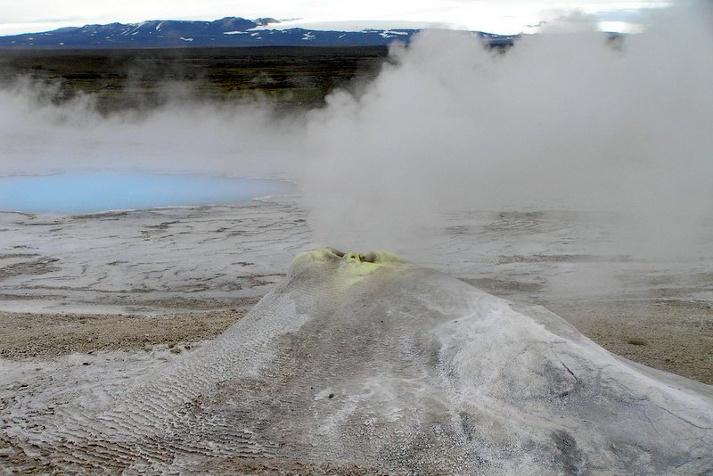 Spectacular-Iceland - Hveravellir-hot-springs.jpg
