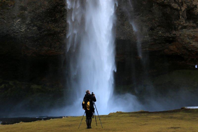 Spectacular-Iceland - Trip-to-Seljalandsfoss.jpg