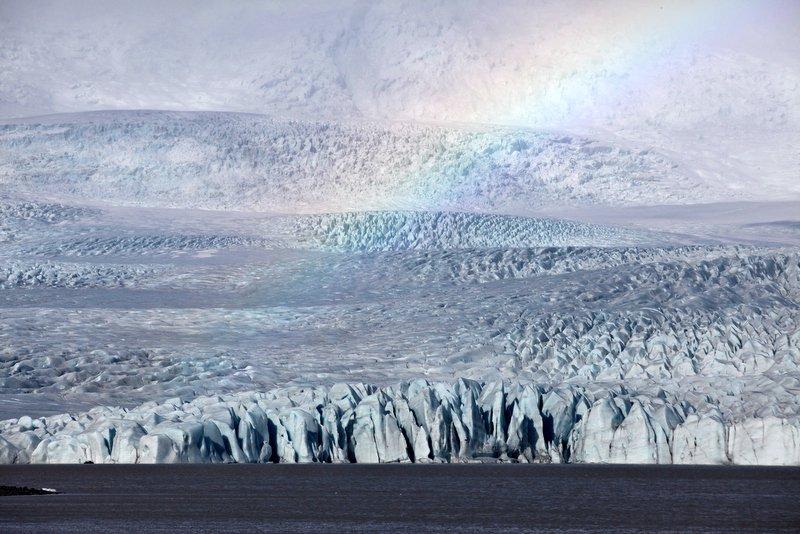 Spectacular-Iceland - at-Vatnajökull-glacier.jpg