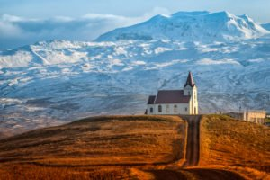 GJ-21-northen-lights-exploration - GJ-21-Country-church-in-Iceland.jpg