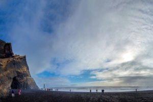 GJ-21-northen-lights-exploration - GJ-21-Group-tour-in-Iceland.jpg