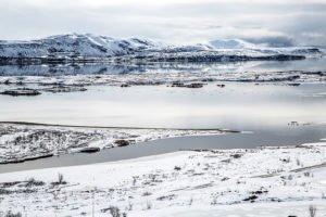 GJ-24-Christmas-and-northern-lights-adventure - GJ-24-Christmas-Lake-Thingvellir.jpg