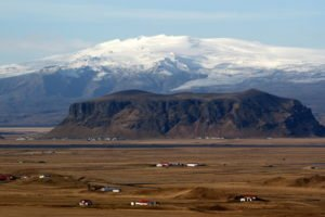 GJ-24-Land-of-northen-lights - GJ-24-Eyjafjallajökull-glacier-volcano-3.jpg