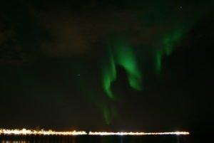 GJ-24-Land-of-northen-lights - GJ-24-Northern-Lights-over-Reykjavik-1.jpg