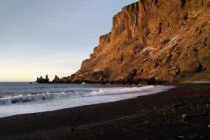 GJ-24-Land-of-northen-lights - GJ-24-South-Iceland-Lava-beach-at-Vik.jpg