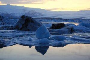 GJ-27-AURORAS-GLACIAL-LAGOON - GJ-27-Glacier-lagoon.jpg