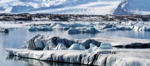 GJ-27-AURORAS-GLACIAL-LAGOON - GJ-Glacier-lagoon-banner.jpg