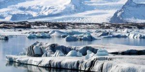 GJ-27-AURORAS-GLACIAL-LAGOON - GJ-Glacier-lagoon-banner2.jpg