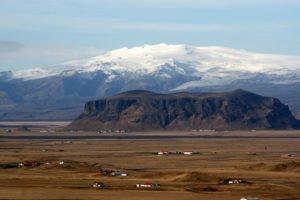 GJ-92-iceland-greenland-discovery - GJ-92-iceland-greenland-discovery-Eyjafjallajökull-glacier-and-volcano.jpg