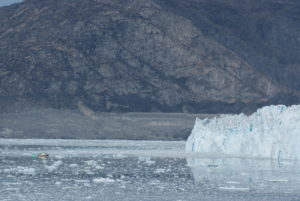 GJ-WGR-5-Amazing-days-Ilulissat-5-days - GJ-WGR-5-Eqi-Glacier-Tour-13.jpg - Image copyright by courtesy of Visit Greenland and their contracted photographers