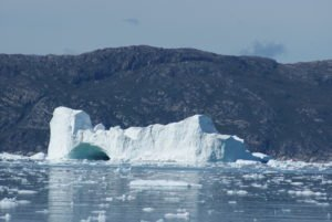 GJ-WGR-5-Amazing-days-Ilulissat-5-days - GJ-WGR-5-Eqi-Glacier-Tour-22.jpg - Image copyright by courtesy of Visit Greenland and their contracted photographers