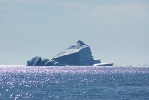 GJ-WGR-5-Amazing-days-Ilulissat-5-days - GJ-WGR-5-Eqi-Glacier-Tour-26.jpg - Image copyright by courtesy of Visit Greenland and their contracted photographers