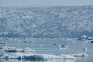 GJ-WGR-5-Amazing-days-Ilulissat-5-days - GJ-WGR-5-Eqi-Glacier-Tour-3.jpg - Image copyright by courtesy of Visit Greenland and their contracted photographers