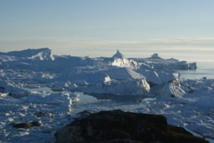 GJ-WGR-5-Amazing-days-Ilulissat-5-days - GJ-WGR-5-Icefjord-Ilulissat-3.jpg - Image copyright by courtesy of Visit Greenland and their contracted photographers