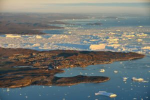 GJ-WGR-5-Amazing-days-Ilulissat-5-days - GJ-WGR-5-Ilulissat-by-Greenland-11.jpg - Image copyright by courtesy of Visit Greenland and their contracted photographers