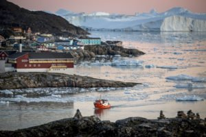 GJ-WGR-5-Amazing-days-Ilulissat-5-days - GJ-WGR-5-Ilulissat-by-Greenland-14.jpg - Image copyright by courtesy of Visit Greenland and their contracted photographers